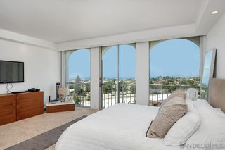 Photo 12: LA JOLLA Condo for sale : 3 bedrooms : 1001 Genter #5D