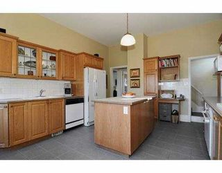 Photo 2: 375 W 18TH Avenue in Vancouver: Cambie House for sale (Vancouver West)  : MLS®# V930137