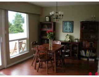 Photo 5: 15861 Cliff Ave in White Rock: Home for sale : MLS®# F2833351