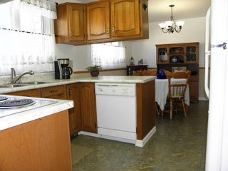 Photo 4: 103 Rogan Drive in WINNIPEG: Westwood / Crestview Residential for sale (West Winnipeg)  : MLS®# 1206946