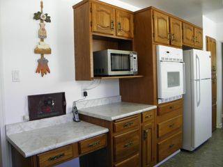 Photo 5: 103 Rogan Drive in WINNIPEG: Westwood / Crestview Residential for sale (West Winnipeg)  : MLS®# 1206946