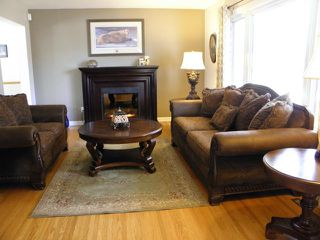 Photo 3: 103 Rogan Drive in WINNIPEG: Westwood / Crestview Residential for sale (West Winnipeg)  : MLS®# 1206946
