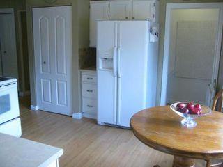 Photo 7: Gorgeous 4 Bedroom Bungalow