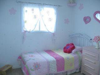 Photo 12: Gorgeous 4 Bedroom Bungalow