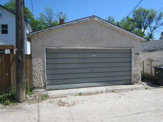 Photo 2: 740 Toronto Street in WINNIPEG: West End / Wolseley Residential for sale (West Winnipeg)  : MLS®# 1211382