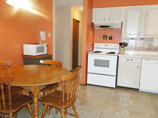 Photo 9: 10 Livingston Place in WINNIPEG: Fort Garry / Whyte Ridge / St Norbert Residential for sale (South Winnipeg)  : MLS®# 1219563