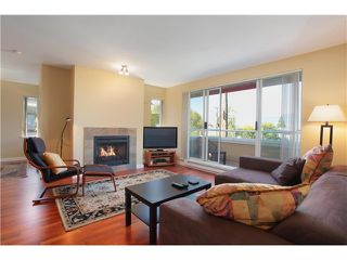 "Photo 12: 205 1870 W 6TH Avenue in Vancouver: Kitsilano Condo for sale in ""HERITAGE AT CYPRESS"" (Vancouver West)  : MLS®# V972597"