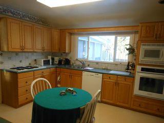 Photo 6: 2531 Assiniboine Crescent in WINNIPEG: St James Residential for sale (West Winnipeg)  : MLS®# 1300064