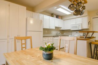 "Photo 9: 249 BALMORAL PL in Port Moody: North Shore Pt Moody Townhouse for sale in ""BALMORAL PLACE"" : MLS®# V987932"