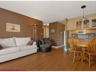 "Photo 4: 306 1840 E SOUTHMERE Crescent in Surrey: Sunnyside Park Surrey Condo for sale in ""SOUTHMERE MEWS"" (South Surrey White Rock)  : MLS®# F1308190"
