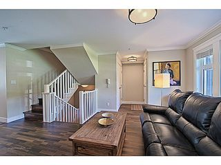 Photo 3: # 1 263 E 5TH ST in North Vancouver: Lower Lonsdale Condo for sale : MLS®# V1063605