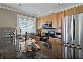 Photo 4: # 1 263 E 5TH ST in North Vancouver: Lower Lonsdale Condo for sale : MLS®# V1063605