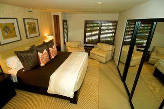 Photo 4: LA JOLLA House for sale : 3 bedrooms : 5647 Chelsea Avenue