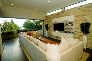 Photo 13: LA JOLLA House for sale : 3 bedrooms : 5647 Chelsea Avenue