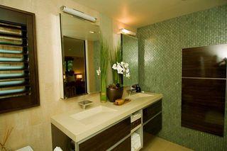 Photo 10: LA JOLLA House for sale : 3 bedrooms : 5647 Chelsea Avenue