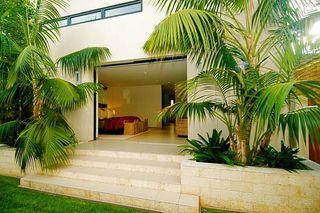 Photo 8: LA JOLLA House for sale : 3 bedrooms : 5647 Chelsea Avenue
