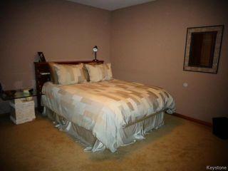 Photo 16: 38 Elmvale Crescent in WINNIPEG: Charleswood Residential for sale (South Winnipeg)  : MLS®# 1420385