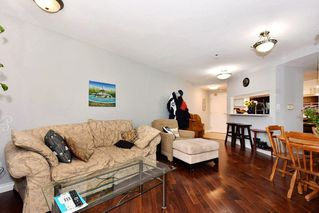 Photo 3: 206 2023 FRANKLIN STREET in Vancouver: Hastings Condo for sale (Vancouver East)  : MLS®# R2266371