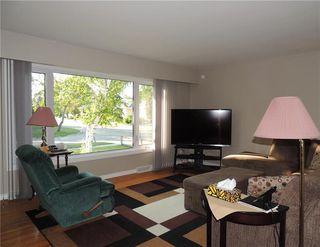 Photo 3: 100 Eade Crescent in Winnipeg: Residential for sale (3F)  : MLS®# 1922774