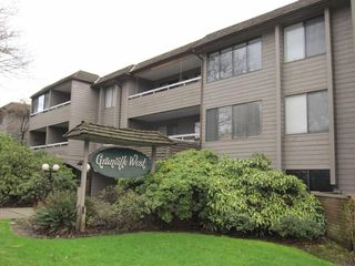 "Photo 3: 201 1770 W 12TH Avenue in Vancouver: Fairview VW Condo for sale in ""Granville West"" (Vancouver West)  : MLS®# R2407226"