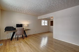 Photo 2: 10518 164 Street in Edmonton: Zone 21 House for sale : MLS®# E4184098
