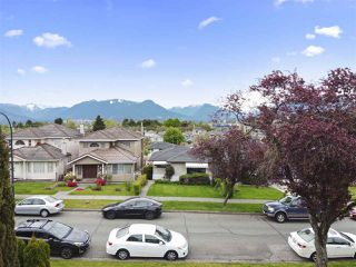 Photo 8: 2858 E 4TH Avenue in Vancouver: Renfrew VE House for sale (Vancouver East)  : MLS®# R2454595