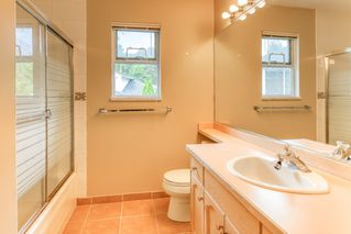 """Photo 27: 3318 ROBSON Drive in Coquitlam: Hockaday House for sale in """"HOCKADAY"""" : MLS®# R2473604"""