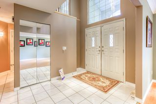 """Photo 2: 3318 ROBSON Drive in Coquitlam: Hockaday House for sale in """"HOCKADAY"""" : MLS®# R2473604"""