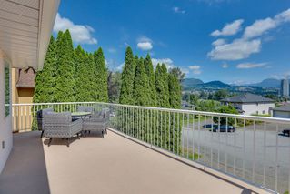 Photo 5: 1052 LANGARA Court in Coquitlam: Ranch Park House for sale : MLS®# R2475679