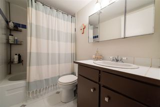 """Photo 19: 105 1420 E 7TH Avenue in Vancouver: Grandview Woodland Condo for sale in """"LANDMARK COURT"""" (Vancouver East)  : MLS®# R2488445"""