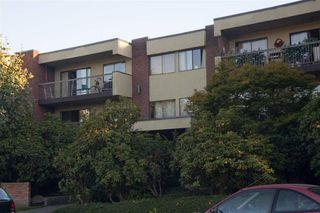 """Photo 20: 105 1420 E 7TH Avenue in Vancouver: Grandview Woodland Condo for sale in """"LANDMARK COURT"""" (Vancouver East)  : MLS®# R2488445"""