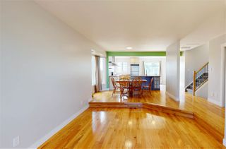 Photo 10: 10627 10 Avenue in Edmonton: Zone 16 House for sale : MLS®# E4213110