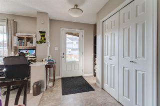 Photo 3: 6922 23 Avenue in Edmonton: Zone 53 House for sale : MLS®# E4218190