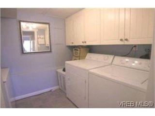 Photo 8:  in VICTORIA: Es Kinsmen Park Row/Townhouse for sale (Esquimalt)  : MLS®# 392206