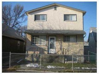 Photo 1: 718 MANITOBA Avenue in Winnipeg: Residential for sale (Canada)  : MLS®# 1120963