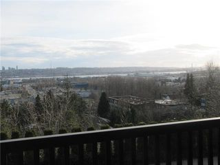 "Photo 10: # 5 320 DECAIRE ST in Coquitlam: Central Coquitlam Townhouse for sale in ""THE OUTLOOK"" : MLS®# V991786"
