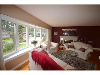 "Photo 3: 816 BAKER Drive in Coquitlam: Chineside House for sale in ""CHINESIDE"" : MLS®# V994610"