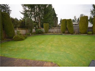 "Photo 10: 816 BAKER Drive in Coquitlam: Chineside House for sale in ""CHINESIDE"" : MLS®# V994610"
