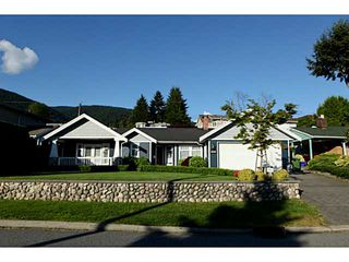 Photo 1: 4190 HIGHLAND Boulevard in North Vancouver: Forest Hills NV House for sale : MLS®# V1006963