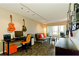 """Photo 4: # 305 155 E 3RD ST in North Vancouver: Lower Lonsdale Condo for sale in """"THE SOLANO"""" : MLS®# V1024934"""
