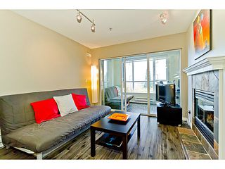 """Photo 5: # 305 155 E 3RD ST in North Vancouver: Lower Lonsdale Condo for sale in """"THE SOLANO"""" : MLS®# V1024934"""