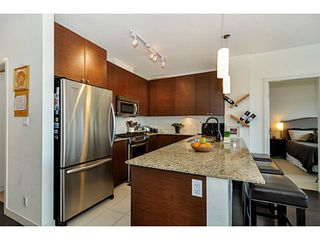 Photo 6: # 605 400 CAPILANO RD in Port Moody: Port Moody Centre Condo for sale : MLS®# V1046135
