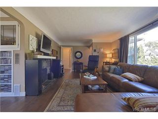 Photo 12: 2708 Richmond Rd in VICTORIA: Vi Jubilee Single Family Detached for sale (Victoria)  : MLS®# 681798