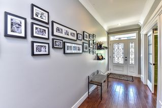 Photo 2: 21059 80A Avenue in Langley: Willoughby Heights House for sale : MLS®# R2066409