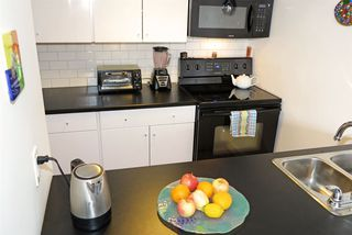 Photo 8: 601 1108 NICOLA STREET in Vancouver: West End VW Condo for sale (Vancouver West)  : MLS®# R2126612