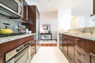 Photo 7: 504 590 NICOLA STREET in Vancouver: Coal Harbour Condo for sale (Vancouver West)  : MLS®# R2278510