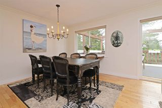Photo 5: 1015 OGDEN Street in Coquitlam: Ranch Park House for sale : MLS®# R2393699