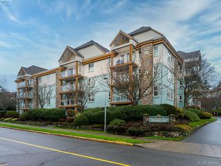 Main Photo: 309 494 Marsett Place in VICTORIA: SW Royal Oak Condo Apartment for sale (Saanich West)  : MLS®# 419857
