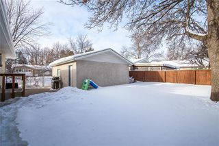 Photo 18: 27 Selwood Avenue in Winnipeg: Charleswood Residential for sale (1G)  : MLS®# 202002567