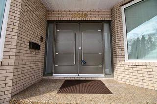 Photo 2: 10048 147 Street in Edmonton: Zone 10 House for sale : MLS®# E4192050